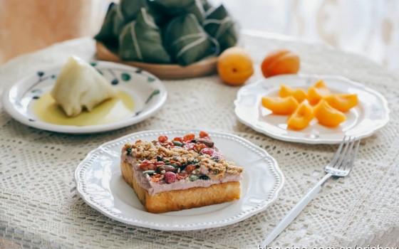 【早餐°】2019-5-30:芋泥肉松水果麦片开放三明治/白米红枣粽子/杏子