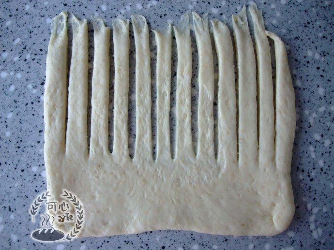 淡奶油桑椹果醬面包卷