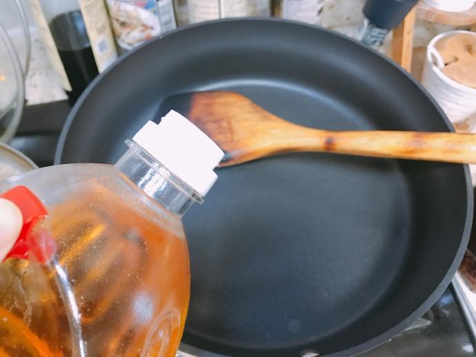 盛夏三伏之二伏天里的豆角杂酱手擀面