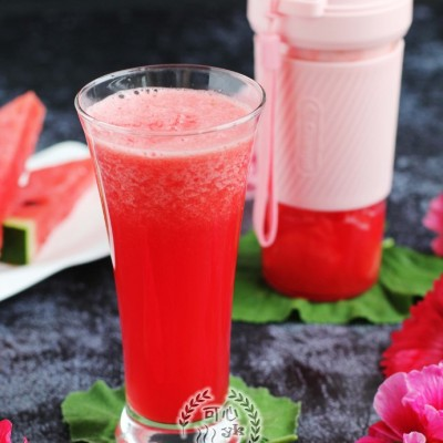 养眼又解暑的西瓜汁