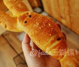 红遍网络的【十三香小龙虾面包】