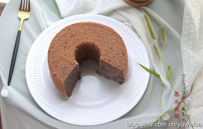 黑米戚风,营养健康,多吃头发会变黑的蛋糕