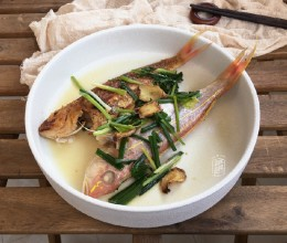 半煎煮鱼,一鱼两味,汕头人独有的烹鱼方式,其它菜系找不到