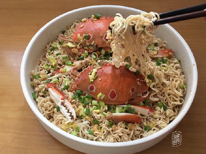 深秋,吃螃蟹的季节,我家这种做法营养不流失,小孩老人都爱吃
