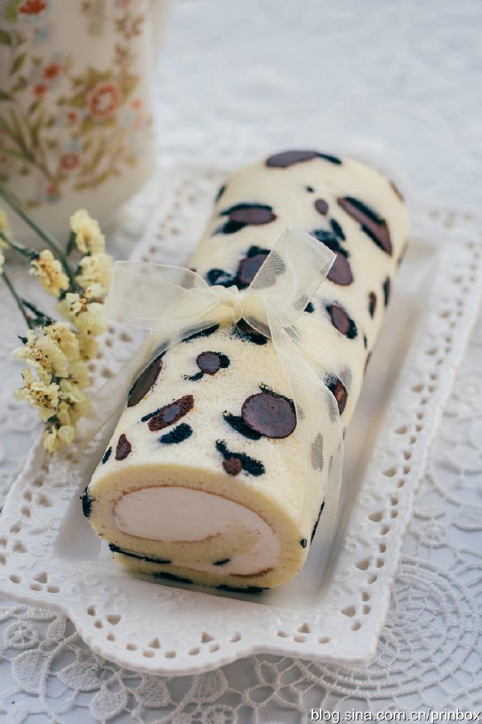 【早餐°】2019-11-26:豹纹奶油瑞士蛋糕卷/卡布奇诺