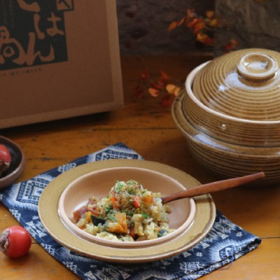 用土锅烩个饭,才明白日本土锅为啥这么受欢迎