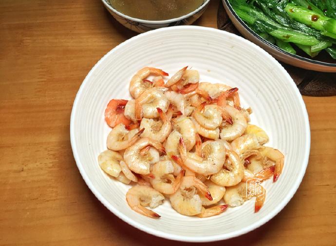 晒晒我家晚餐,有肉有海鲜,三菜一汤只花了39元,吃到汤汁都不剩