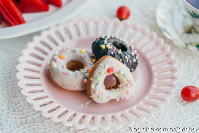 【早餐°】2019-12-10:红丝绒甜甜圈蛋糕/木薯粉红丝绒牛奶千层糕/伯爵红茶