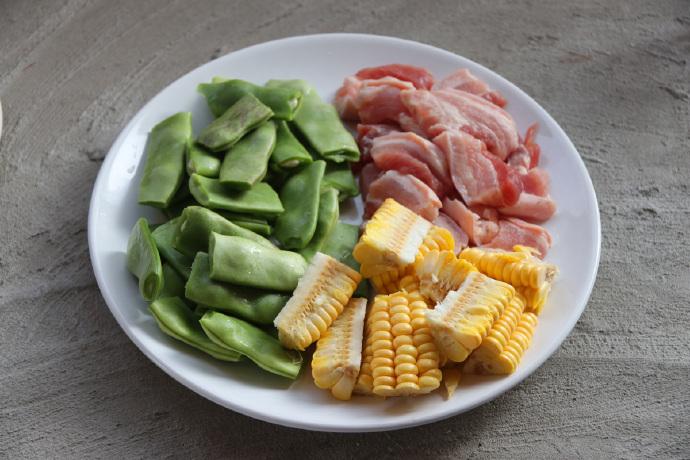 土锅菜系列,吃不够的东北家常菜,油豆角炖肉