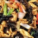 彩椒洋蔥木耳炒雞柳食譜