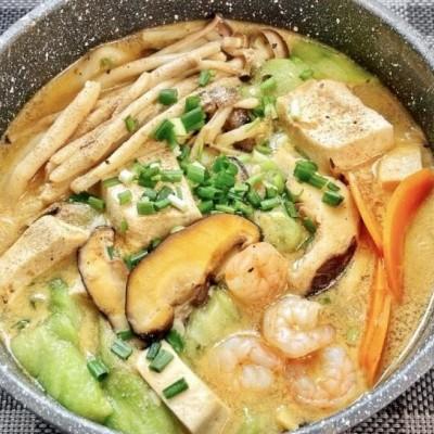 蝦仁絲瓜野菇豆腐煲