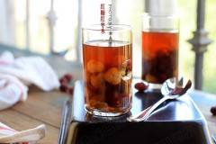 红枣的功效与作用--红糖红枣水