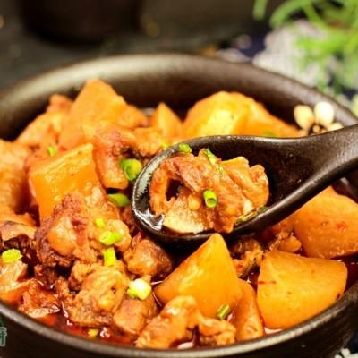 白萝卜炖牛肉筋