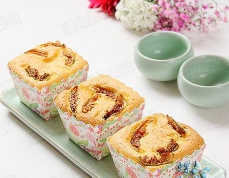 藜麦无花果酸奶蛋糕
