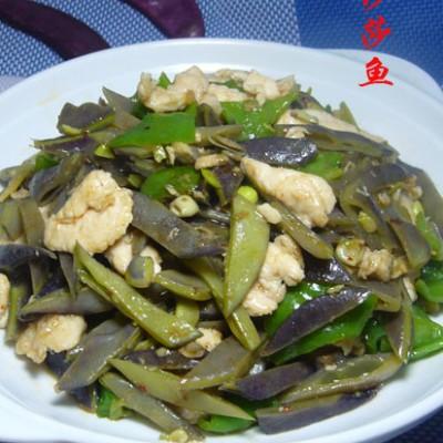 鸡肉片炒扁豆