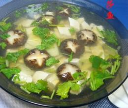香菇豆腐笋片汤