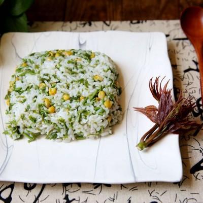 香椿玉米拌饭