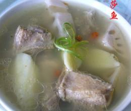 鸭腿莲藕山药汤