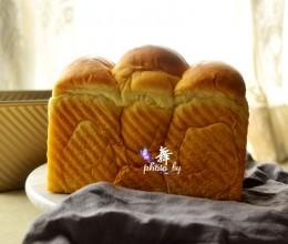 牛奶吐司--做个会拉丝松软的面包