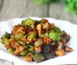 这道家常菜适合常吃,具有很强的抗氧化力,还能缓解视觉疲劳
