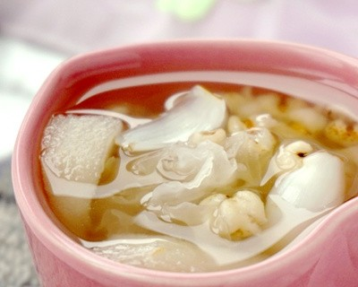薏米百合银耳梨汤