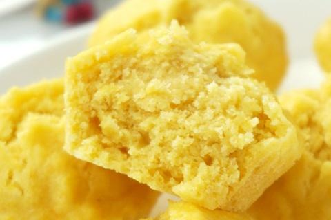 鸡蛋鲜玉米发糕