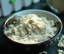 还在为虾皮怎么吃发愁吗?把它磨成粉,就是厨房必备的上好调味料