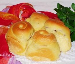 桂圆肉粗粮面包卷