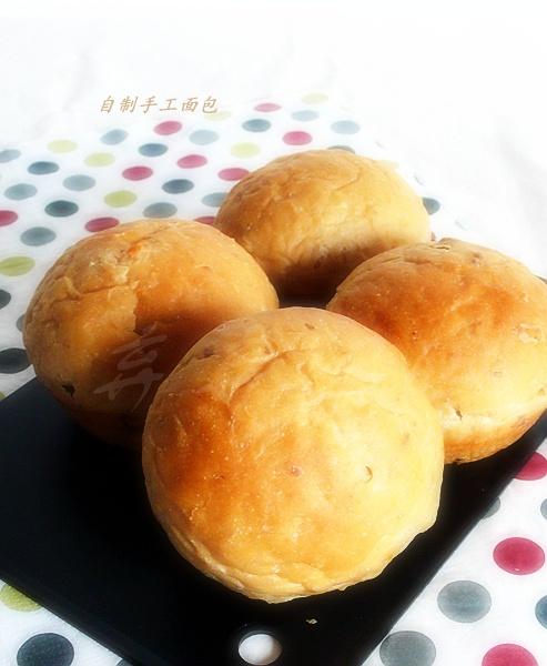 奶油蛋糕核桃面包
