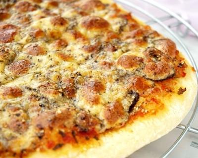 松露那波里披薩