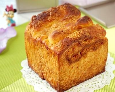花生酥糖小土司面包