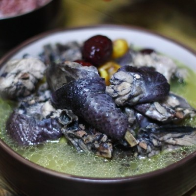 秋冬養生-烏雞板栗湯