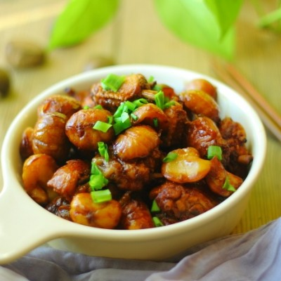 板栗燒雞-養胃健脾和補腎強筋