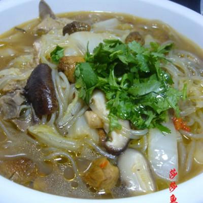 双菇白菜粉丝汤