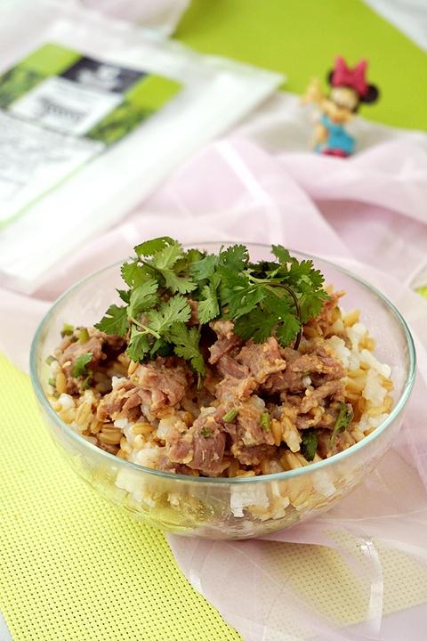 电饭锅食谱-姜汁牛肉焖燕麦饭