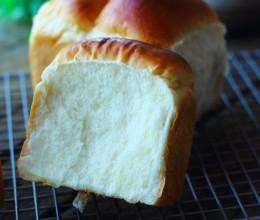 拉丝的面包