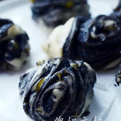 葱香黑芝麻花卷