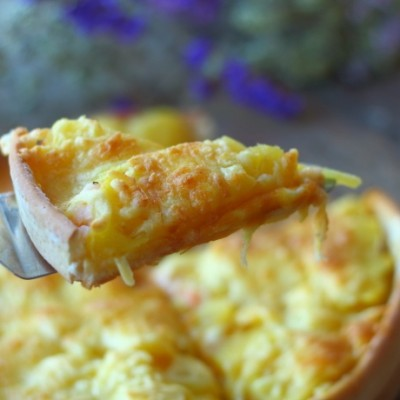 蝦仁菠蘿披薩