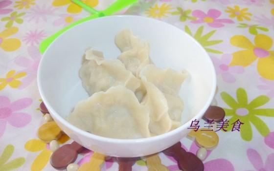槐花猪肉馅饺子