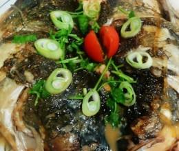 酱香鲢鱼头
