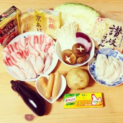 餃子入りカレー鍋(饺子咖喱火锅)