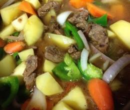 高压锅土豆炖牛肉