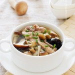 菌菇脊骨汤