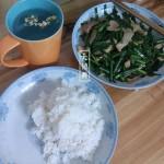 韭菜炒土猪肉