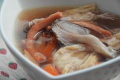 鱿鱼平菇汤