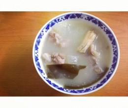 排骨墨鱼海带冬瓜汤