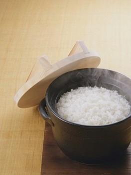 一碗安静的白米饭