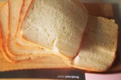 仿日本金の食パン的原味吐司 面包机版