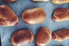 肥嘟嘟的火腿肠面包