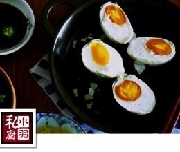 简单易做又好吃的五香咸鸭蛋